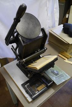 Value for Sigwalt press? Printing Press, Types Of Wood, Bookbinding, Letterpress, History, Antiques, Paper, Prints, Image