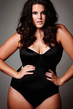 curvymodelsrock:  Lucy Moore - Curvy model.Started at the age of 20 in August 2012.Featured in LOOK mag, Vogue Italia, The Sun,Mirror,Daily Mail,The Metro…simply beautifullll!  See more here: https://www.facebook.com/Plus.Size.Rocks
