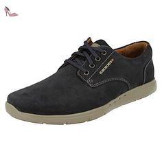 Mens Clarks Unstructured Casual Lace Up Shoes Unlomac Edge Lace Up Shoes, Dress Shoes, Martin Shoes, Men's Clarks, School Shoes, Girls Who Lift, New Outfits, Wedding Shoes, Casual Looks