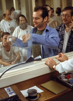 One Flew Over The Cuckoo's Nest, dir Miloš Forman Alfred Hitchcock, Movie Photo, Movie Tv, 80s Movies, Iconic Movies, Louise Fletcher, Jack Johns, Theater, Federal