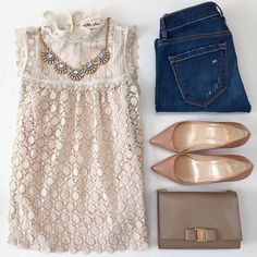 Outfit completo con zapatos nude