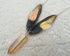 Aripa colier zână - Aura cristal de cuarț pandantiv - aripi irizate - fantezie Bijuterii - Fairy Costume - colier de cristal - Aurora Borealis