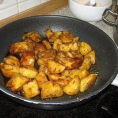 Balsamico-Kartoffeln und 87.000 weitere Rezepte entdecken auf DasKochrezept.de Lemon Chicken, Other Recipes, Pot Roast, Crockpot, Favorite Recipes, Cooking, Drinks, Amazing, Party