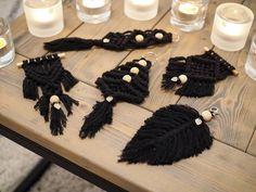 Hanna (@hanilodesign) • Instagram-kuvat ja -videot Tassel Necklace, Tassels, Diy, Jewelry, Instagram, Do It Yourself, Jewellery Making, Jewerly, Bricolage