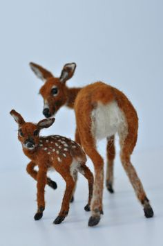 Needle+Felted+++Animals++Motherdeer+and+a+by+darialvovsky+on+Etsy,+$278.00