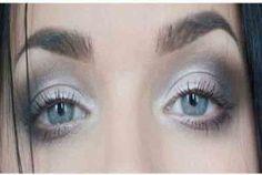 آرایش چشم ریز با پلک افتاده-اصول درست آرایش-چهره آرایی-سایه مناسب برای پلک های افتاده-آرایش-آرایش چشم-خط چشم-چشم های ریز-
