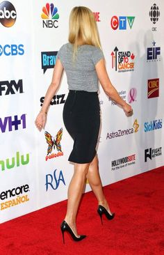 Gwyneth Paltrow in high heel shoes