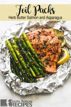 Herb butter salmon and asparagus foil packaging www.recipesfeedfo … – HUG FO… Herb butter salmon and asparagus foil packaging www. Healthy Eating Tips, Clean Eating Snacks, Healthy Dinner Recipes, Camping Dishes, Camping Meals, Camping Recipes, Camping Cooking, Salmon Recipes, Seafood Recipes
