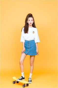 Ig: By Kooding Clothes from Korean Street Style K-POP Korean Style Street Style Casual Look Chic Wardrobe I want this Dream Look Korean Fashion Trends, Korean Street Fashion, Korea Fashion, Asian Fashion, India Fashion, Cute Fashion, Girl Fashion, Fashion Looks, Fashion Outfits