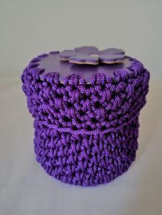 mini case a uncinetto con top e fondo in vera pelle di concettahandmade su Etsy Mini Case, Etsy Handmade, Handmade Gifts, Top, Kid Craft Gifts, Craft Gifts, Homemade Gifts, Hand Made Gifts, Diy Gifts