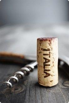 """vero """"tappo"""" italiano ;) #tappo #vino #vino italiano"""