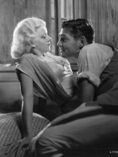 Jean Harlow and Clark Gable in a publicity shot...