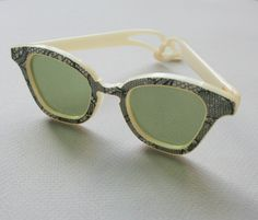 Vtg 1950s CAT EYE SUNGLASSES / Glam Glitter Lace by lolanyevintage, $125.00