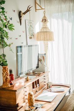 Bohemian Workspace LMEAN x Anthropologie // http://www.le-monde-est-a-nous.net/bohemian-workspace-lmean-x-anthropologie #bohemian #workspace #anthropologie
