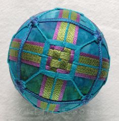https://eccentricquilter.wordpress.com/category/kimekomi-and-temari-balls/page/2/