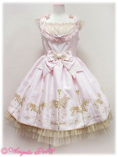 I really like the elegance of this one. Some AP prints can be a little too over the top for me. #angelic_pretty #lolita