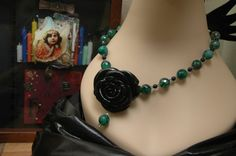 Black Rose of the Emerald City, Necklace