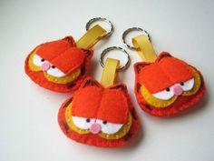 Felt keychain  Garfield by DusiCrafts on Etsy, $10.50