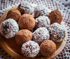 Chocolate Peppermint Bliss balls - nut free