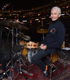 Mick Jagger Rolling Stones, Los Rolling Stones, Gretsch Drums, Please To Meet You, Vintage Drums, Charlie Watts, How To Play Drums, Music Images, Rhythm And Blues