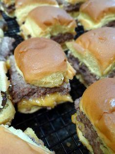 Mason Jar Meals: Fair Food Edition- White Castle-like Sliders