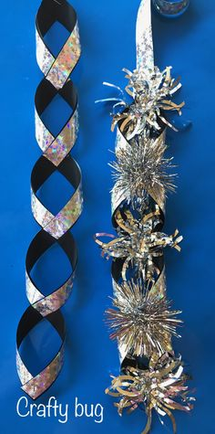 Homecoming mum chains video tutorial for this I m using black 7 8 acetate 038 holographic star pattern 7 8 Mylar ribbons Christmas Homecoming mum chains video tutorial for this I m using black 7 8 acetate 038 holographic star pattern 7 8 Mylar nbsp hellip Homecoming Mums Senior, Football Homecoming, Homecoming Garter, Homecoming Spirit, Homecoming Week, Homecoming Dresses, Homecoming Ideas, Ribbon Braids, Diy Braids