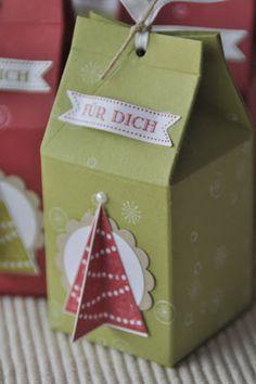 weihnachtlicher Milchkarton