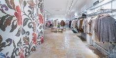 grazie a Taro mini la nuova #tecnologia #LED incontra l'antico nel negozio HÄMMERLE di Vienna in Austria http://ow.ly/OIMq30bF2LV #Oktalite - Referenze - fashion