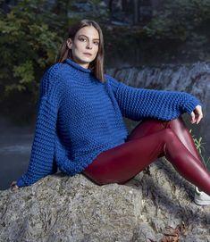 Πλεκτή μπλούζα oversize σε ρουά χρώμα onesize Turtle Neck, Winter, Sweaters, Fashion, Winter Time, Moda, Fashion Styles, Pullover, Sweater