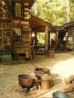 Aspiring Homemaker: Re-enacting civil war era  cabin life