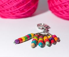 Crochet stitch markers - handmade removable stitch markers, set of six stitch markers, colorful beads markers, with small holder - clip hook by Theordinarydiary on Etsy