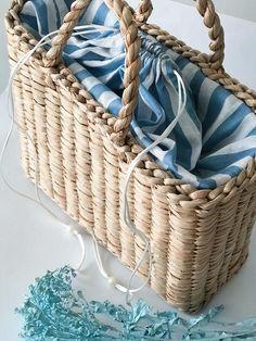 Straw bag Straw handbag Straw basket Beach bag Straw tote | Etsy Straw Handbags, Tote Handbags, Wicker Purse, Straw Tote, Craft Bags, Basket Bag, Summer Bags, Courses, Beautiful Bags