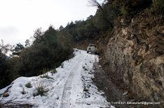 Desde l'Hotel Sol Park s'organitzen visites guiades a les vinyes d'alçada a 1192 mètres d'altitud al Celler de la Borda Sabaté on s'elaboren els reputats vins d'alçada, Escol i Torb. L'accés es fa en 4x4. BODEGA BORDA SABATE Crta. General d'Espanya s/n AD600 Sant Julià de Lòria Andorra T.00.376.814.900 www.bordasabate.com email: info@bordasabate.com  . HOTEL SOL PARC 00.376.841.043 . hotelsol-park@andorra.ad . Ctra. de Fontaneda S/N Sant Julià de Lòria . http://www.hotel-solpark-andorra.com