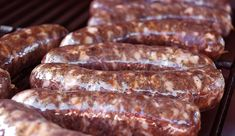 A basic venison sausage recipe. How to make venison sausages at home. This recipe uses garlic and bay leaves, and can be smoked or grilled. Venison Brats Recipe, Venison Sausage Recipes, Brats Recipes, Homemade Sausage Recipes, Deer Recipes, Jerky Recipes, Grilling Recipes, Cooking Recipes, Game Recipes