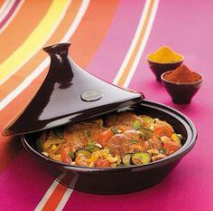 Ti piace la cucina multietnica ?!...  Con la pentola Tajine Emilie Henry in ceramica Flame puoi cucinare pesce, carne e verdura accompagnate da cous cous bulgur, in modo sano e delicato.  http://www.cucinaincasa.com/novita/tajine-emilie-henry/2015/4983