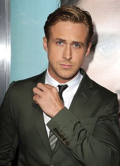 Green Suit (Ryan Gosling)