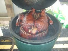 Whole pig, 65 pounds, in the egg - Big Green Egg - EGGhead Forum - The Ultimate Cooking Experience...