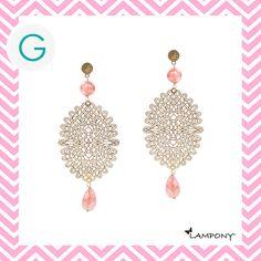 Orecchini pizzo colore oro con pietre dure color salmone. http://www.giadaandco.com/designer-collection/lampony/orecchino-pizzo-dorato-pietre-dure-salmone #Lampony' #earrings #laces #stone #Giada&Co.