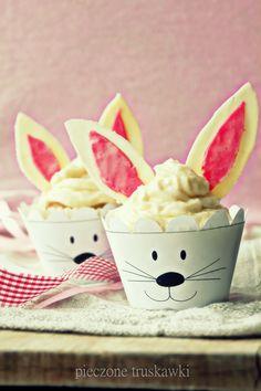 pieczone truskawki: bunny cupcakes i szablon na papilotki