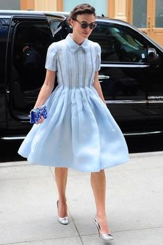 Keira Knightley in blue Prada dress - Vogue - the construction of the dress is amazing! Keira Knightley Style, Powder Blue Dress, Prada Dress, Prada Clutch, Dior Dress, Prada Shoes, Looks Street Style, The Dress, Blue Dresses
