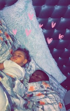 Daddy daughter · ⚠ is the plug for more poppin' pins please give me my Cute Family, Baby Family, Family Goals, Couple Goals, Dad Baby, Baby Kids, Cute Kids, Cute Babies, Life Goals Future