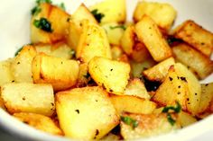 Potatoes, potatoes, potatoes =best food ever. Potato Dishes, Potato Recipes, Vegetable Recipes, Snack Recipes, A Food, Food And Drink, Best Food Ever, Soul Food, Family Meals