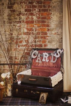 Guests can place their cards in the suitcase and then you easily pack them up at the end of the night
