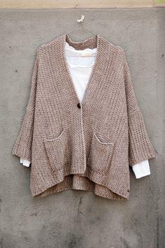 #chaqueta #lana #fw16 en #nelybelula #conceptstore #shop #lacoruña