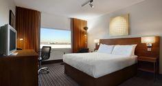 Hilton London Heathrow Airport hotel - Queen Deluxe Room