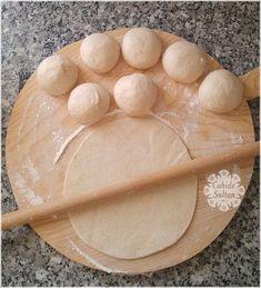 Yumuşacık Lavaş Tarifi Sandviç – The Most Practical and Easy Recipes Quick Meals To Make, Quick Cheap Meals, Brunch Recipes, Breakfast Recipes, Wrap Recipes, Turkish Recipes, Good Food, Food And Drink, Cooking Recipes