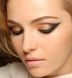 Maquillaje bronce - negro