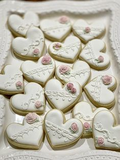 Heart Cookies, Iced Cookies, Pumpkin Cookies, Cupcake Cookies, Gourmet Cookies, Easter Cupcakes, Sugar Cookies, Valentine Cookies, Birthday Cookies