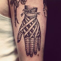 Henric Nielsen as featured on Swallows & Daggers. www.swallowsndaggers.com #tattoo #tattoos #hand