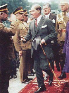 Atatürk Dünyanın en yakışıklı en karizmatik lideri ❤️❤️❤️❤️